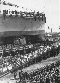 1931_Launch of the Deutschland at Deutsche Werke, Kiel.jpg