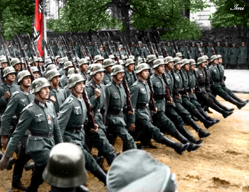 1939 Parade in Warsaw.jpg