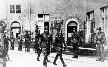 1944.7.20_Berlin, Bendlerstraße, Waffen-SS-Männer_Otto Skorzeny.jpg