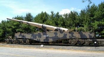 Aberdeen_Tank-Museum-283mm-Leopold.jpg