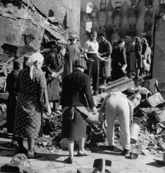 BERLIN July  1945.jpg