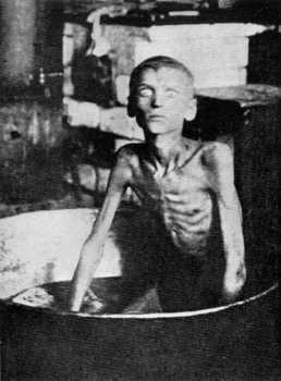 BLACK FAMINE IN UKRAINE_1932-33.jpg
