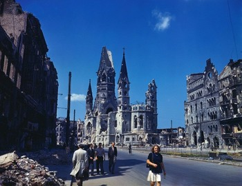 Berlin in Summer of 1945 (6).jpg