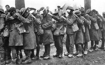 British_55th_Division_gas_casualties_10_April_1918.jpg