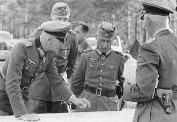 Bundesarchiv_Bild_101I-265-0048A-03,_Russland,_Generale_v__Bock,_Hoth,_W__v__Richthofen.jpg