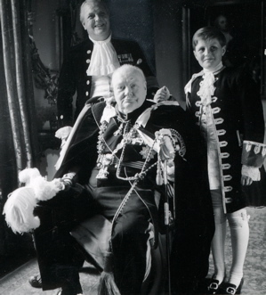 Churchill-with-son-and-grandson-Coronation.jpg