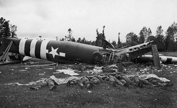 D-Day_glider_casulties.jpg