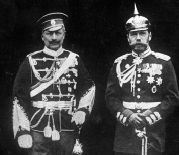 Der deutsche Kaiser Wilhelm II. mit seinem Cousin, dem russischen Zaren Nikolaus II.jpg