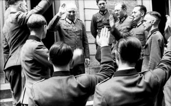 Deutsche Offiziere, u.a. Generalfeldmarschall Hans-Günther von Kluge.jpg