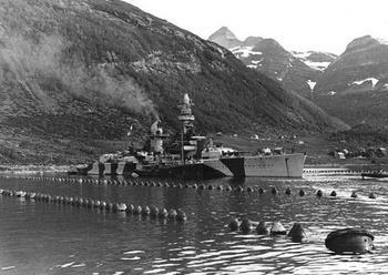 Deutschland_Lutzow_Norvege_1942.jpg