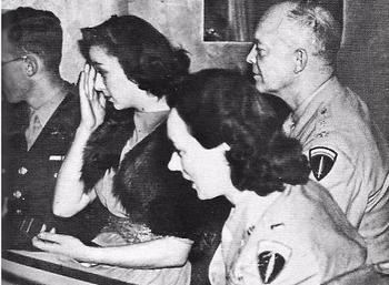 Dwight D. Eisenhower and Kay Summersby.JPG