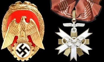 Ehrenzeichen Pionier der Arbeit_Deutsches Olympiaehrenziechen.jpg