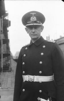 Ernst Lindemann.jpg