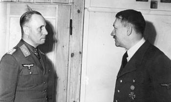 Erwin_Rommel,_Adolf_Hitler.jpg