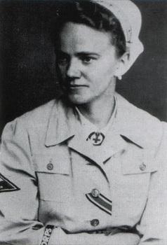 Female Uniform Deutsches Rotes Kreuz Afrikakorps.jpg