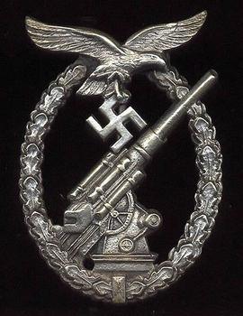 Flakkampfabzeichen der Luftwaffe.jpg
