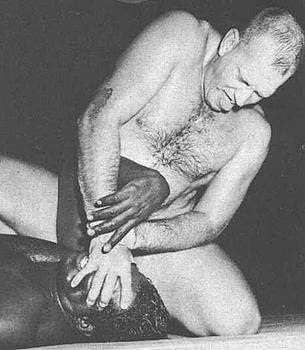 Fritz Von Erich_Iron Claw.jpg
