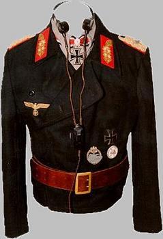 Général uniforme Adalbert Schulz.JPG