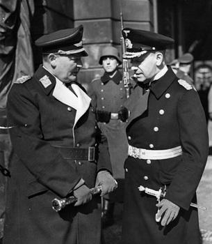 Göring und Raeder.jpg
