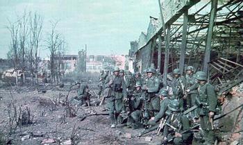 German troops in Stalingrad.jpg