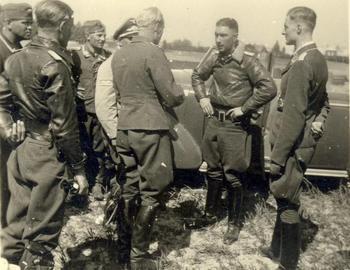 Hauptmann Mölders errang seinen 20. Luftsieg..jpg