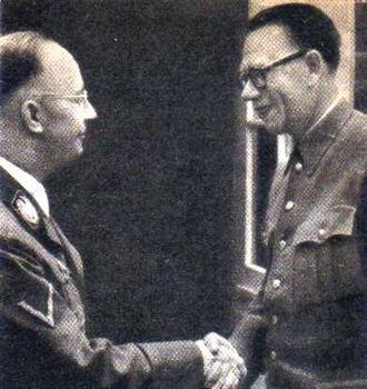 Heinrich Himmler und General Andrei Andreevich Vlassov.jpg