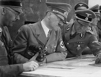 Heinrich Himmler, Adolf Hitler, Felix Steiner.jpg