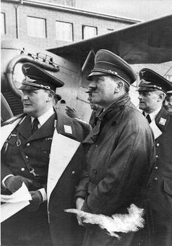 Hermann Göring, Adolf Hitler, Walther Wever.jpeg
