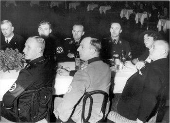 Himmler_Heydrich_Daluege.jpg