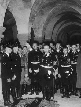 Himmler_Heydrich_Heissmeyer.JPG