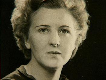 Hitler's mistress Eva Braun.jpg