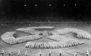Hitler youth honor an unknown soldier by forming a swastika symbol on Aug. 27, 1933.jpg