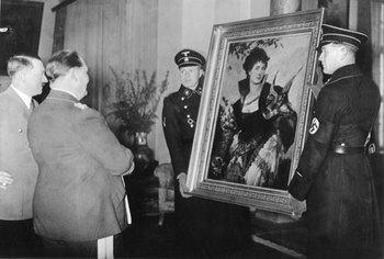 Hitler_Göring.jpg