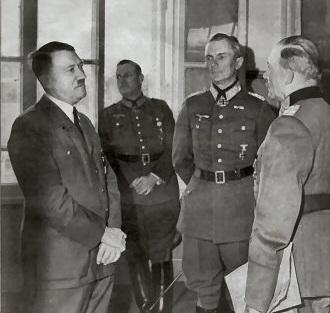 Hitler_Guderian_Kaitel.jpg