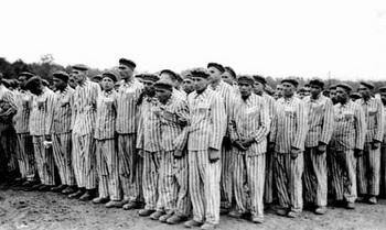 Homosexuelle Gefangene im Konzentrationslager Buchenwald.jpg