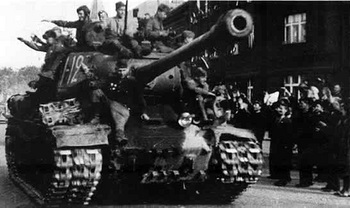 IS-2m of the 1st Czechoslovak Army Corps, in Prague in May 1945.jpg