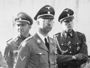 Joachim Peiper_personal adjutant _Himmler.jpg