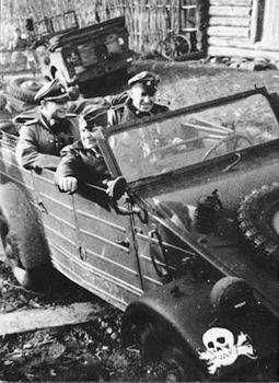 Kübelwagen of the Totenkopf Division.jpg