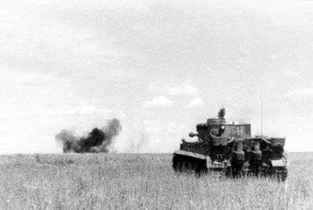 Kursk_Panzer_VI_(Tiger_I).jpg