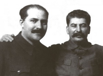 Lazar Kaganovich_Stalin.jpg