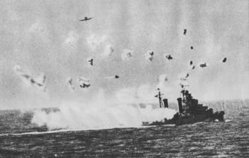 Luftangriff der Achse auf britische Kriegsschiffe im Seegebiet zwischen Cyrenaika und Malta.jpg