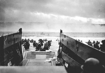 Omaha Beach on D-Day, 6 June 1944.jpg