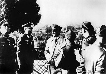 Paris 1940_Hitler Keitel and Colonel Hans Speidel.jpg