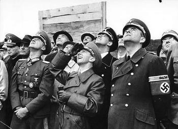 Peenemünde,  1943 Joseph Goebbels und Albert Speer.jpg