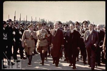 Ribbentrop Chamberlain.jpg
