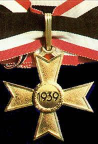 Ritterkreuz des Kriegsverdienstkreuzes in Gold ohne Schwertern.jpg