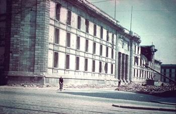 Ruine Neue Reichskanzlei.jpg