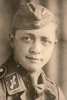 SA-Mann of SA-Standarte Feldherrnhalle.jpg