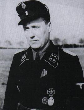 SS-Sturmbannführer Friedrich Herzig.JPG