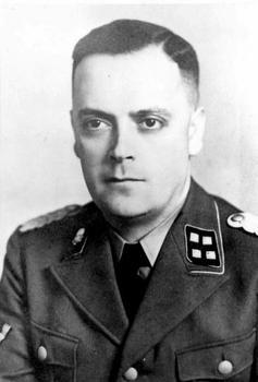 SS-Sturmbannführer_Theodor Eicke.jpg